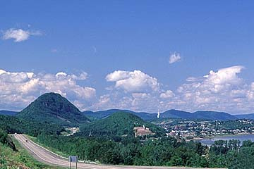 Worldweb Com Photo Sugarloaf Mountain Campbellton New
